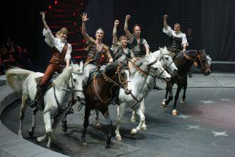 Circus show Snow Queen
